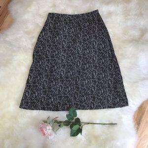 Kensie Black Print Skirt, size M